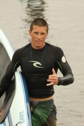 Travis apres surf