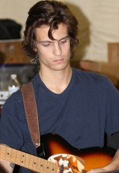 Justin Smith - Electric Guitar